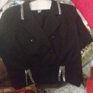 Tops - Vintage 24W Gorgeous black Top to dress up